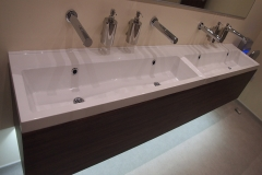 toilet-refurbishment-wall-mounted-vanity-basin-london-infra-red-tap